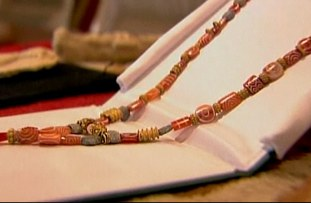 Iraqi necklace from 2000 BC among artifacts returned by FBI