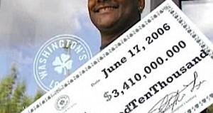 Tyrone Curry wins the lottery, keeps janitor job -NBC Video