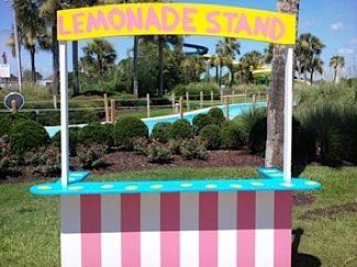 lemonade stand on Jekyll Island park (park photo_