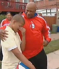 76ers surprise boy with new hoop, CBS-Philly video clip