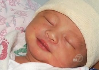 baby born inflight - ABC video clip