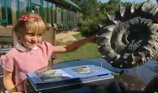 fossil found by 6-yr-old girl - ITV video clip