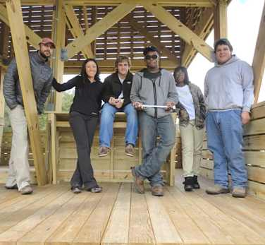 Students build pavillion Studio H photo