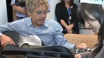 Roger Daltrey Cancer Center visit