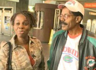 Samaritan returns purse - MSNBC video