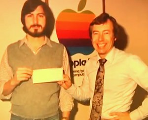 Steve Jobs and Wozniak - old Apple photo archived at Stanford