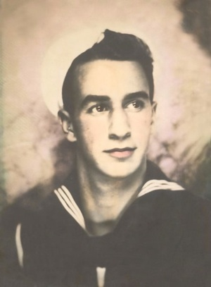 Syl Puccio 1940 Pearl Harbor hero - family photo