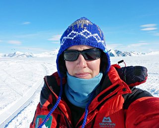 Felicity Aston first woman to ski  Antarctica