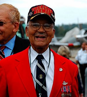 Tuskegee Airman byRaymond M-optikalblitz-Flickr-CC