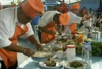 cooking contest in Filipino prison -Reuters vid clip