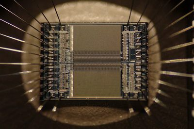 microchip circuit - photo by Zephyris -cc license