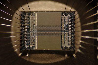 microchip circuit - photo by Zephyris -cc license