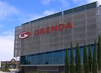Australia business Grenda gives $15 in bonuses