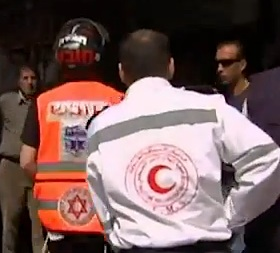 Arab and Jews work together-UnitedHatzalah