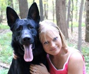 German Shepherd Facebook community leader-Cheryl  Goede