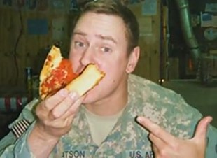 Soldier enjoys Pizzas4Patriots photo