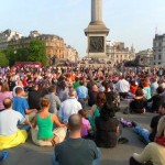 Meditation in Trafalgar Square w Thich Nhat Hanh-2011