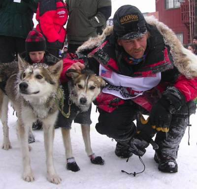 Sled dogs with Mitch Seavey, FB-photo