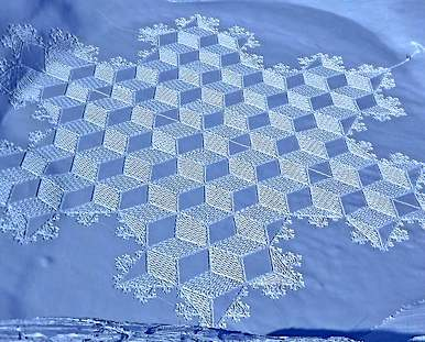 Snow Art by Simon Beck - Facebook photo
