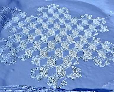 Snow Art by Simon Beck - Facebook photo