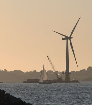 floating wind turbine by Hywind via Flickr CC