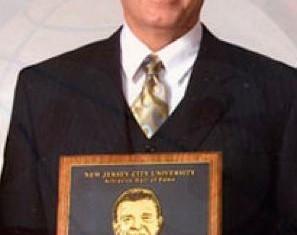 Bob Delaney hero cop awarded