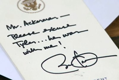 Obama writes note for absent student