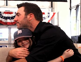 baseball fan kid w Justin Verlander-MLBvideo