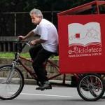 library on bike wheels, photo: Renattod Sousa for Camara Municipal