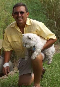 Alligator grandpa jumped for dog