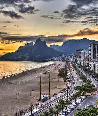 Brazil's Ipanema beach by Chris Battaglia-CC-Flickr-Photog63