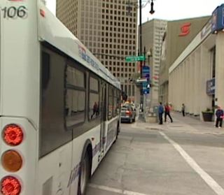 Bus on street - CBCvideo