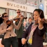 Violinists ring out in German flash mob