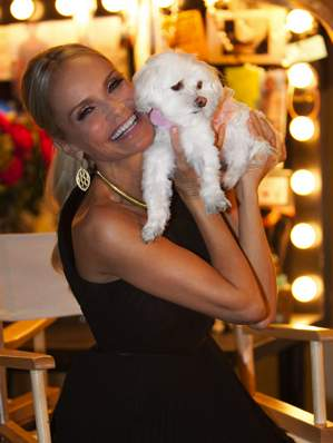 Kristen Chenoweth hosts Hero Dog Awards-hallmarkphoto