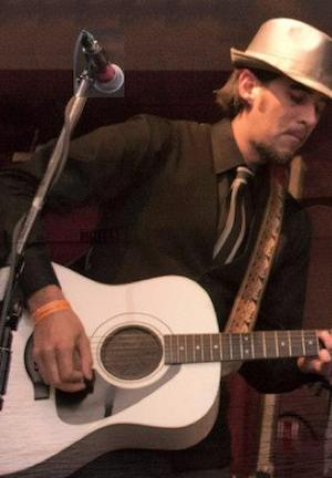 Guitar Hero: Rock Star Dave Navarro Replaces Musician's ...