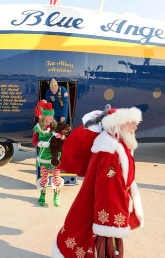 Blue Angel plane delivers Santa-DOD