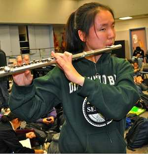 Flutist is blind Diamond Bar HS photo