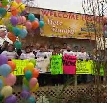 Homecoming Sandy rebuild balloons - NBCvid