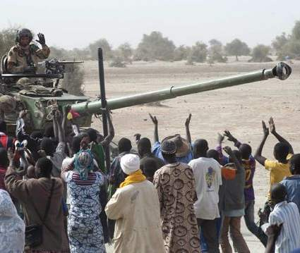Troops enter Timbuktu -French Army Communications Audiovisual Office