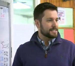 Vet is teaching CBS video