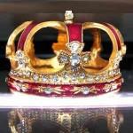 crown photo by hurley gurlie182 via morguefile