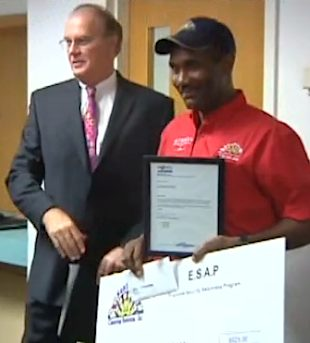 janitor honored for amazing honesty-NBCVid