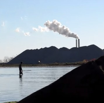 pollution air water wading in lake erie-mcorbley