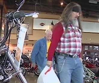 bikers donate baby stuff to homeless vet