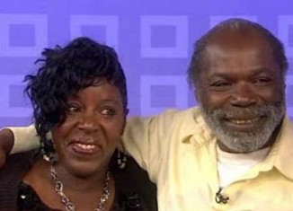 homeless man reunited with sis-NBC