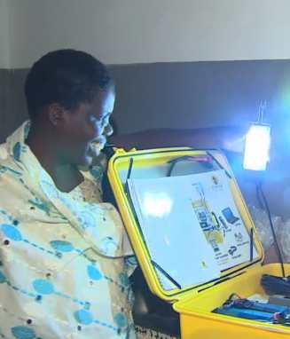 solar suitcase African midwife kit-CNN Heroes