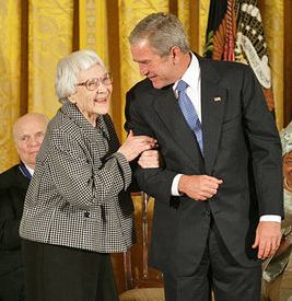Harper_Lee_wins_Medal_at_White_House-gov