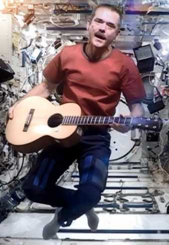 Chris Hadfield singing in space