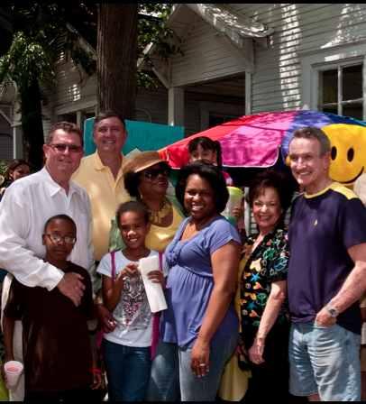 Neighborhood friends in Houston photo by LemonadeDay-CC