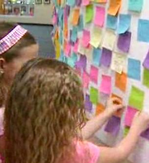 sticky notes of kindness-NBCvideo